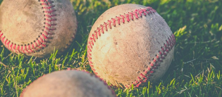 pp-7-surprising-facts-about-sleeping-early-and-late-better-baseball-player-770x335