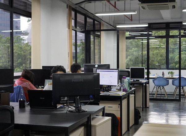 take-a-look-inside-our-new-laid-back-office-staff-desks